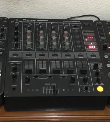Mixer pioneer djm 500