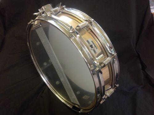 Remo Mastertouch de 14x3.5 fabricada en Acousticon
