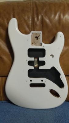 Cuerpo FENDER  Stratocaster A ESTRENAR