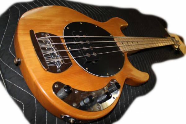 Vintage Bass Music Man Style