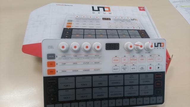 Caja ritmos Ik UNO DRUM envió incluido