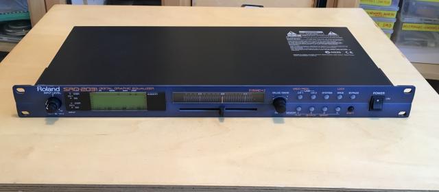 Ecualizador digital Roland SRQ-2031
