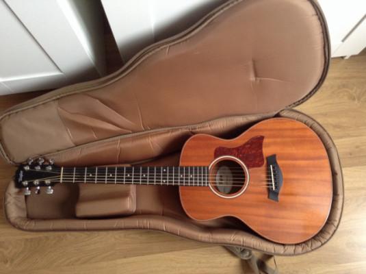 Guitarra acústica Taylor GS mini amplificada