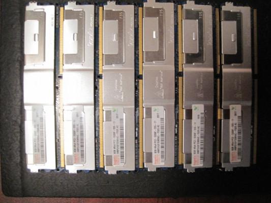 48Gb de RAM pc2-5300 ECC