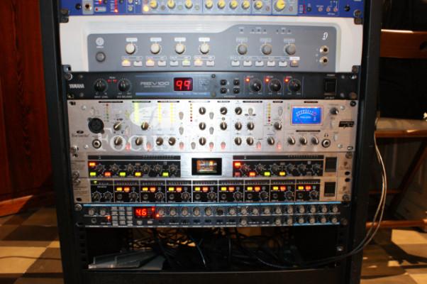 Módulo Novation Super Bass Station Rack