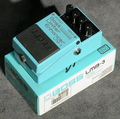 o vendo Boss LMB-3 (50 Euros)