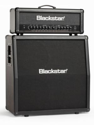 Blackstar ID:100 TVP con su 4x12 a juego y footswitch FS-10