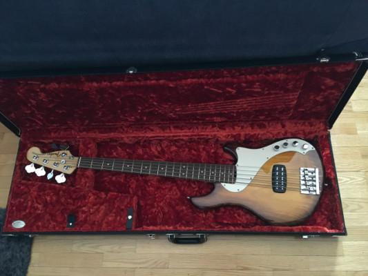 Fender dimensión Bass usa