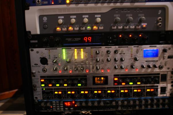 Focusrite Platinum Voicemaster Pro - Previo para micro