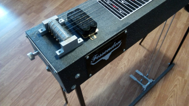PEDAL STEEL (6 cuerdas/2 pedales) Fessenden Six-shooter