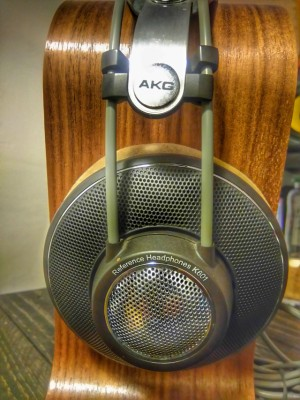 Auriculares AKG K601