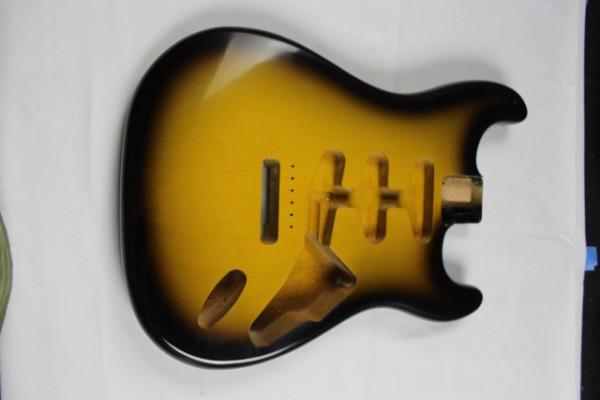 Cuerpo Stratocaster MJT 2 tone sunburst.