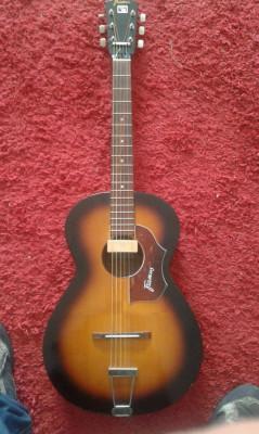 Guitarra acústica Framus Parlor año 1969 con pastilla