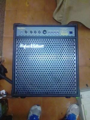 Amplificador hughes & kettner basskick  bk 100 de bajo