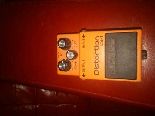 BOSS DS1 distorsion pedal