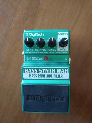 Bass Synth Wah - Bass envelope filter - Digitech