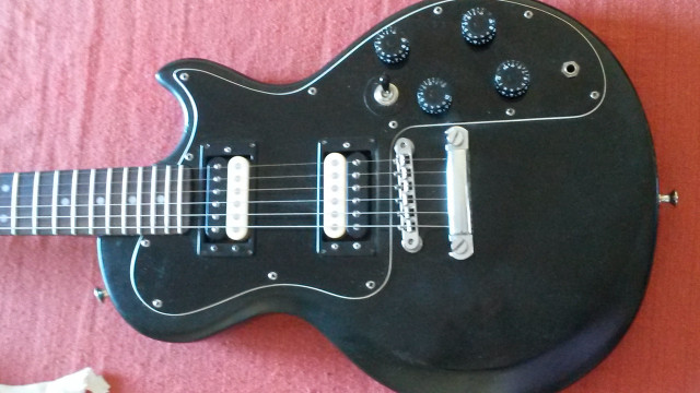 Gibson Sonex 180 deluxe (1980)