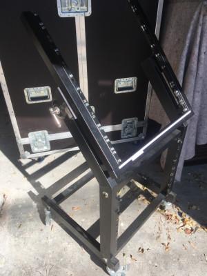 Rack Inclinable con ruedas