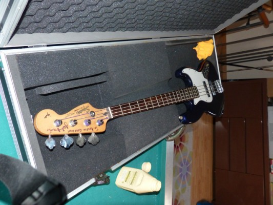 Squier fender jazz bass korea (firmado por Jet Harris )