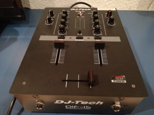DJ TECH DIF-1S Mesa De Mezclas Para Scratch