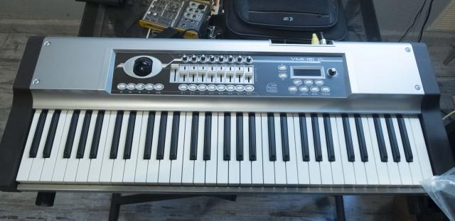 Vendo teclado controlador Studiologic VMK-161 Plus organ