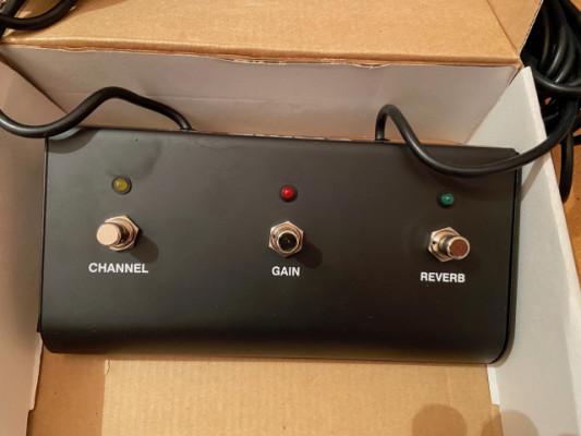 Pedal conmutador de canal amplificador Fame FS301L