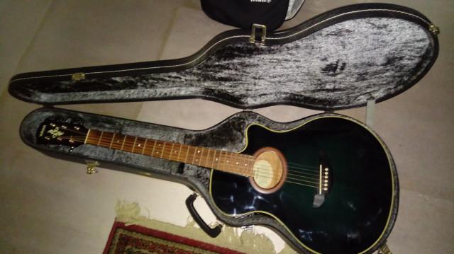 vendo electroacústica Yamaha APX-4A