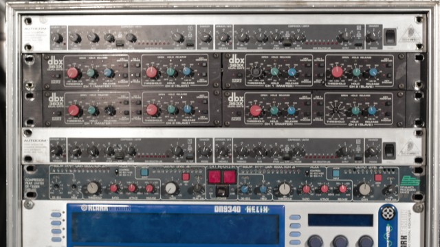 DBX 363X Dual Gate (4Unidades)