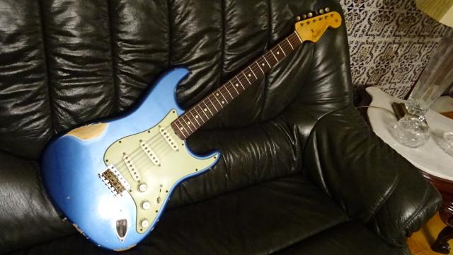 Fender Stratocaster Namm Lake Placid Blue
