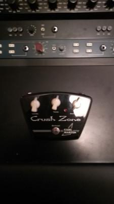 Pedal Carl Martin Crush Zone.