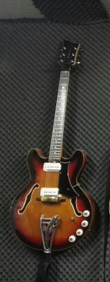 Guitarra Eko 290 Barracuda '68