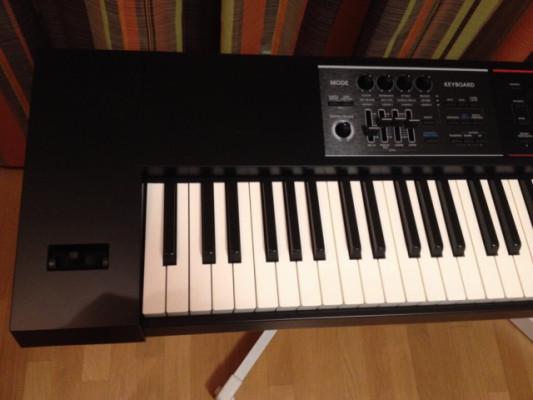 Vendo Sintetizador Roland Juno DS 88