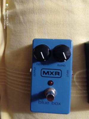 MXR blue box octave fuzz