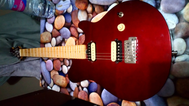 Guitarra olp mm1