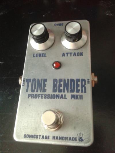 Fuzz Tone Bender MK2 by Sonicstage Handmade (clon)