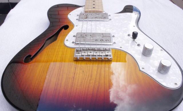 Fender Telecaster 72 Thinline Sunburst