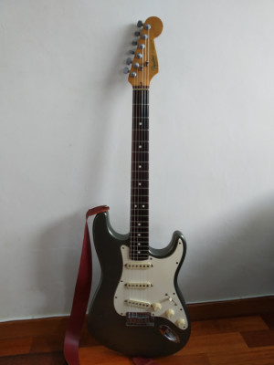 RESERVADA (o CAMBIO) Fender American Standard Stratocaster del 91/92. Color Pewter