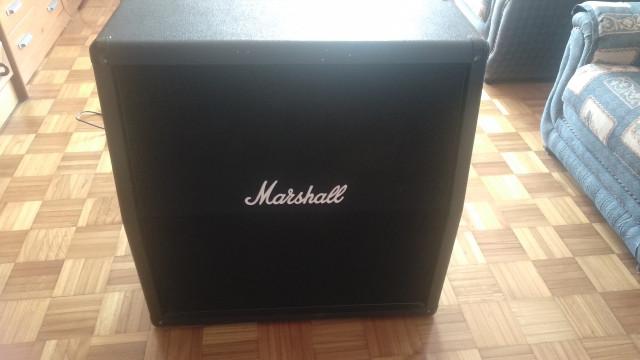 Pantalla Marshall M412A