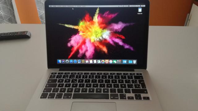MacBook pro 13 2015 retina