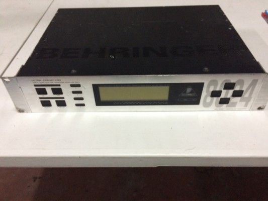 Behringer Ultracurve (Ecualizador 31 Bandas Digital)
