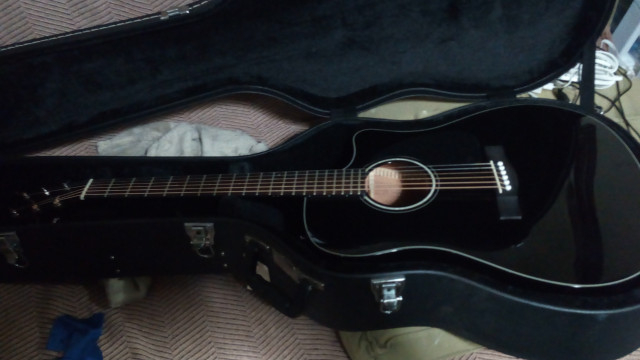 Acústica Fender CD60CE BLK - Fishman - Estuche duro