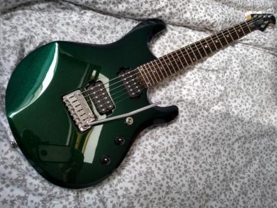 Sterling by Music Man JP60 Mystic Green + estuche Rockcase + CD + envío