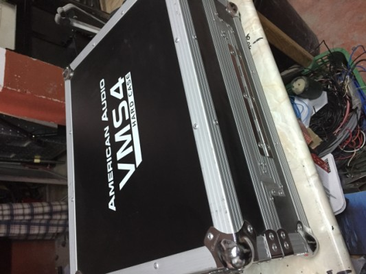 controladora american audio vms4 + flight case