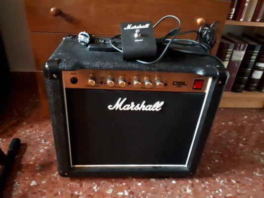 Amplificador a Válvulas Marshall DSL5C