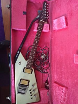 Guitarra MIDI ROLAND G-707