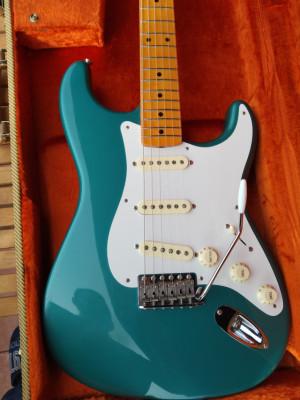Fender stratocaster american vintage 57