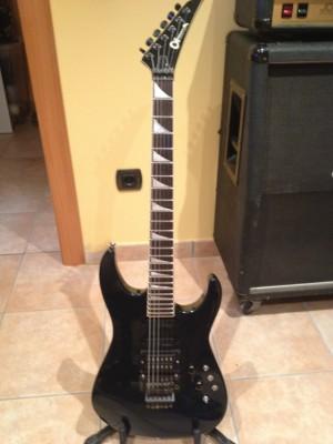 Guitarra Charvel/Jackson mod 6 cobalt blue/azul cobalto