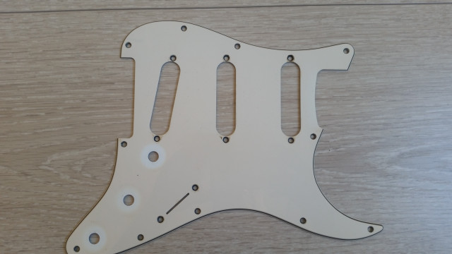 Pickguard Fender stratocaster Usa