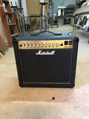 Marshall JCM 900 Combo 1X12 modelo 4101