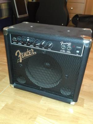 Ampli Fender Frontman 15W